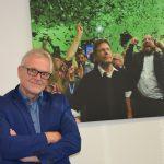 Holger Laschka vor Jubelbild Grüne