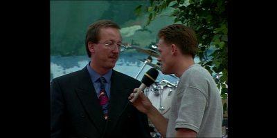 Holger Laschka als TV1-Reporter